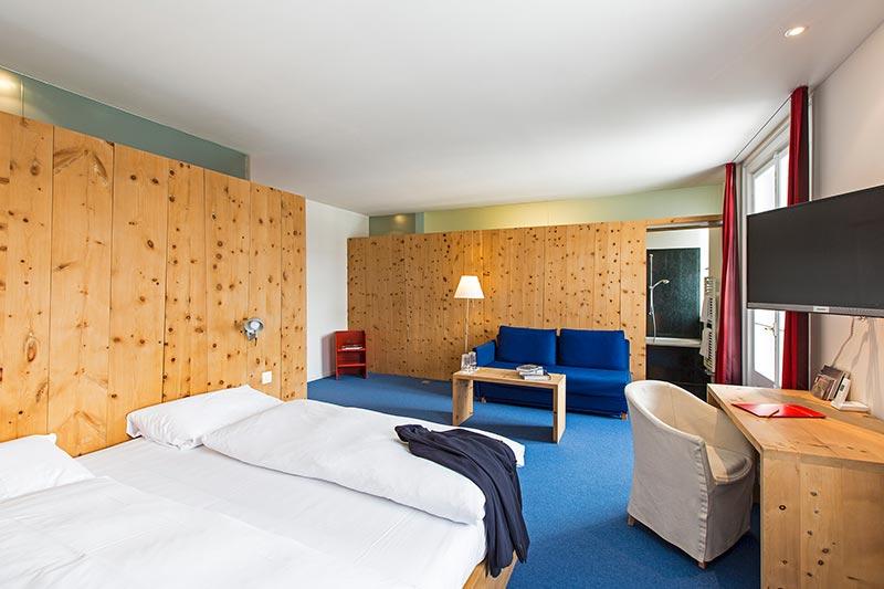 Der Architekt Hans-Jörg Ruch aus St. Moritz gestaltete einen Teil der Zimmer des Hotel Castell
