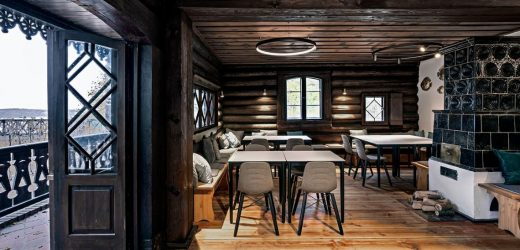 Licht im denkmalgeschützten Ausflugslokal Nikolsko